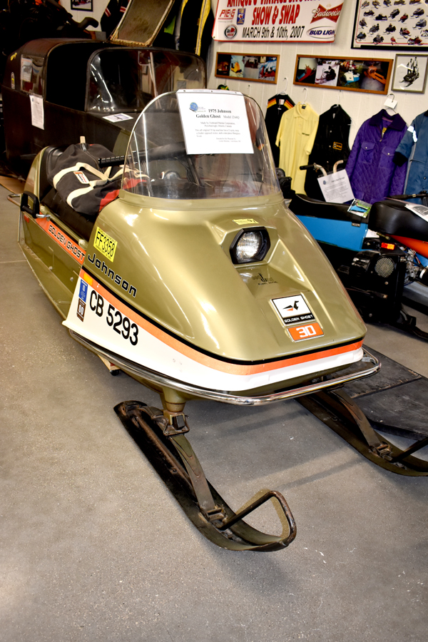 1975 Johnson Golden Ghost   Model J244Q